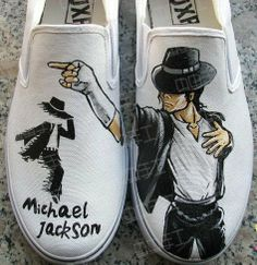 Michael Jackson Outfits, Michael Jackson Wallpaper, Champion Shoes, Custom Vans, Painted Shoes, Shoes Men, I Love Fashion, Casual Shoes, High Top Sneakers