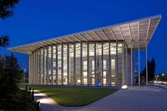 Valley Performing Arts Center by HGA Architects and Engineers