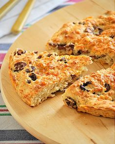 More like a scone. Made with self-rising flour. Greek Recipes, Pork Recipes, Veggie Recipes, Baking Recipes, Vegetarian Recipes, Olive Bread, Greek Cooking, Greek Dishes, Savoury Cake