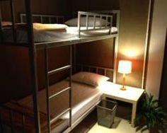 Mile Map Hostel, phòng riêng 620k/n; dorm 180k/n; bị phàn nàn là ồn