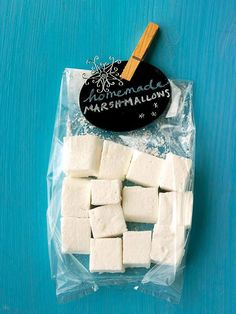 We love these Homemade Marshmallows, and the small chalkboard gift tag attached! More homemade food gifts: http://www.bhg.com/christmas/gifts/homemade-food-gifts/?socsrc=bhgpin110612homemademarshmallows#page=8