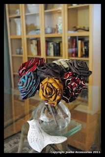 Tutorial DIY roses upcycled from old silk ties - Joallie Petit