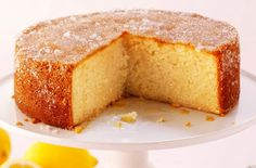 lemon-drizzle-cake mary berry