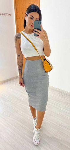 Style Fashion Tips .Style Fashion Tips Cute Casual Outfits, Chic Outfits, Spring Outfits, Fashion Outfits, Womens Fashion, Fashion Tips, Fashion Trends, Look Fashion, 80s Fashion