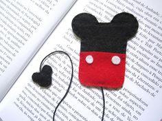 Marca páginas em feltro Mickey e Minnie!/Felt Bookmarks! #felt #bookmark #feltro #marcapaginas