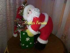 Pin by Ateliê fazendo arte com arte on bonecas Christmas Stockings, Christmas Ornaments, Elf, Holiday Decor, Manta Polar, Santa Clause, Type 3, Facebook, Jeans