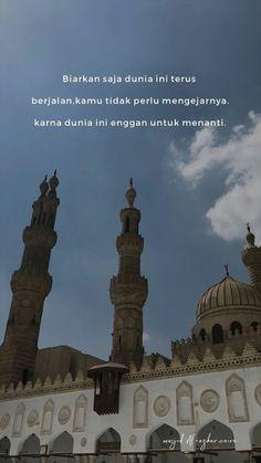Islamic Qoutes, Muslim Quotes, Religious Quotes, Wall Art Quotes, Poetry Quotes, Quran Quotes, Me Quotes, Self Reminder, Quotes Indonesia