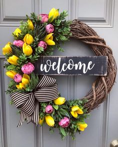 101 Charming DIY Spring Home Decoration That Trend In 2020 - March is the first day of spring. It may be hard to imagine that spring is actually only a few weeks away if you are still cranking up the heat i. Diy Spring Wreath, Spring Door Wreaths, Diy Wreath, Grapevine Wreath, Wreath Ideas, Mesh Wreaths, Yarn Wreaths, Winter Wreaths, Floral Wreaths