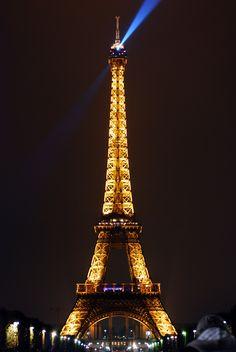 10 OFFBEAT MUST DOS IN PARIS http://www.bruisedpassports.com/everything/paris-must-dos
