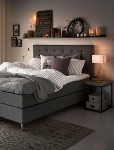Your day begins and ends in the bedroom, so keeping it organized will also keep you sane, which is why it's the second room we're tackling in our Home Hacks Series. Overflowing drawers, floors in…More Home Hacks, Home Decor Hacks, Diy Hacks, Dream Bedroom, Bedroom Small, Bedroom Bed, Modern Bedroom, Oak Bedroom, Pretty Bedroom
