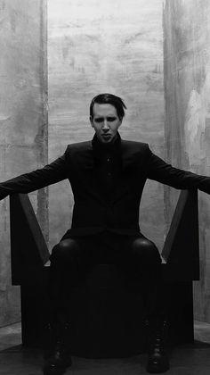 L〰Lyrics Marilyn Manson. The pale emperor. 'I m not a birthday present' Amy Winehouse, Ac Dc, Marilyn Manson Quotes, Brian Warner, The Nobodies, Black Veil Brides, Music Lyrics, Music Stuff, Rock Bands