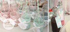Botellitas decoradas para batidos con tela, cinta y etiqueta