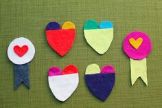 """Julep valentine craft felt heart pins - perfect for """"kidscrafts - found at Crafty Crow website. This would be fun to do with the kids. Valentines Art, Saint Valentine, Be My Valentine, Funny Valentine, Childrens Christmas Crafts, Christmas Craft Fair, Holiday Crafts, Holiday Ideas, Holiday Decor"""