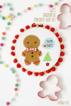 Sweet Gingerbread Embroidery Hoop Art - Oh I love this adorable DIY Christmas craft!  Great for decor or gifts!