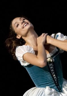 Dorothee Gilbert in an emotional moment from Giselle - photo by Michel Lidvac Ballet Costumes, Dance Costumes, Paris Opera Ballet, George Balanchine, Ballet Tutu, Ballet Photography, Ballet Beautiful, Dance Wear, Portrait