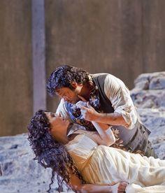 "Marcelo Álvarez as Manrico and Sondra Radvanovsky as Leonora in Verdi's ""Il Trovatore.""  Photo: Ken Howard/Metropolitan Opera"
