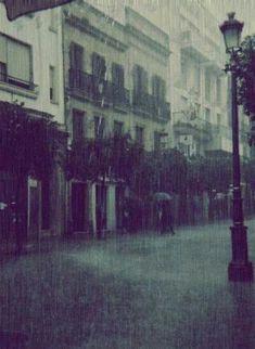 Sempre que o tempo muda e começam as primeiras gotas de chuva alguém aponta um guarda-chuva e diz: pegue se proteja, não vá pegar um resfriado! – Não tem um guarda-chuva?! Então leve o meu e depois…