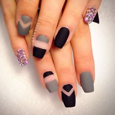 negative space and matte nails