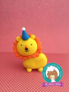 Lion fondant cake toppers by My Artisan Bakery