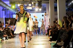 Fashion Show Mała Czarna V