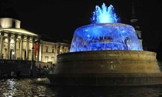 Trafalgar Square fountain lit blue lights to celebrate Princess Kate gave birth to baby boy