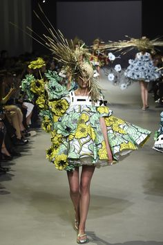 Viktor & Rolf S/S15 Couture