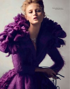 Michelle Buswell in Dior Haute Couture by David Bellemere for Elle Russia (December purple gown I love this getup The Purple, All Things Purple, Shades Of Purple, Purple Dress, Magenta, Dior Haute Couture, Couture Fashion, Couture Girl, Top Models
