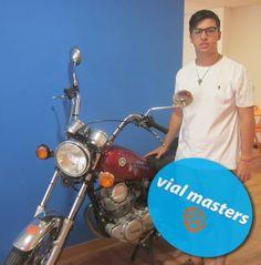 Óscar es un nuevo motero de Autoescuelas Vial Masters. ¡A por la carretera!... (con prudencia).  Más en http://vialmasters.es.