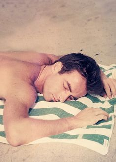 Montgomery Clift in the days before muscle took over mens looks and a face was all it took.