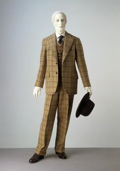 It takes a certain caliber of individual to pull off tweed, let alone with a sweater vest. The original wearing of this 1940 single-breasted Trinningham suit must have been quite the man indeed.