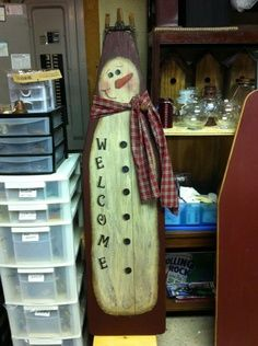 I soooo need to find an old ironing board! Painted Ironing Board, Old Ironing Boards, Painted Boards, Primitive Christmas, Christmas Snowman, Winter Christmas, Primitive Santa, Snowman Crafts, Christmas Projects