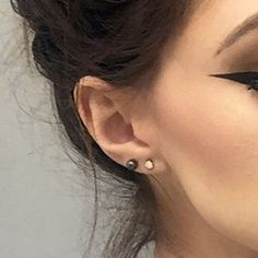 Celebrity Upper Lobe Piercings | Page 3 of 12 | Steal Her Style | Page 3