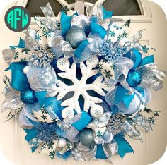 Hey, I found this really awesome Etsy listing at https://www.etsy.com/listing/209932684/snowflake-winter-wreath-christmas-wreath