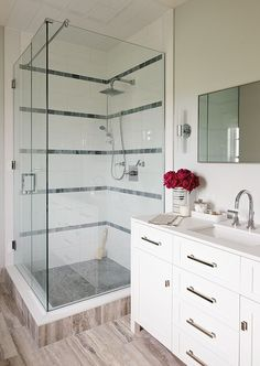 Get decorating and design ideas from the talents at Sarah Richardson Design, including Tommy Smythe, Allison Wilson and Sarah Richardson herself. Sarah Richardson Bathroom, Sarah Richardson Home, Outdoor Workout, Bathroom Vanity Drawers, Simple Bathroom, Master Bathroom, Bathroom Ideas, Bathroom Makeovers, Bathroom Inspo