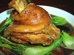 Pata Tim Recipe is a popular braised pork leg dish similar to paksiw na pata with out the vinegar. Pata Tim is indeed a mouth-watering dish that most Filipinos loved Pork Belly Lechon Recipe, Pork Belly Recipes, Beef Recipes, Cooking Recipes, Easy Recipes, Vegetarian Recipes, Healthy Recipes, Filipino Recipes, Asian Recipes