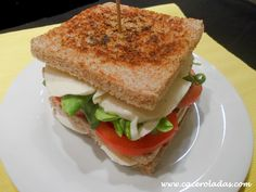 Caceroladas: Sandwich vegetal con mozzarella