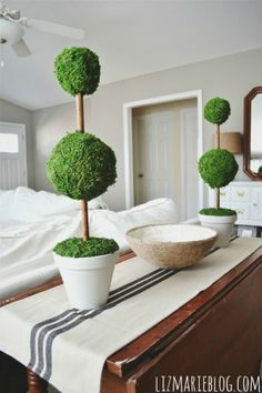 Easy DIY Moss Topiaries - perfect for spring decor!