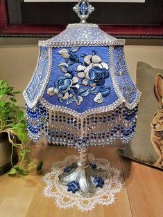 Victorian Lamps, Antique Lamps, Vintage Lamps, Victorian Lamp Shades, Victorian Houses, Chandeliers, I Love Lamp, Hurricane Lamps, Complimentary Colors