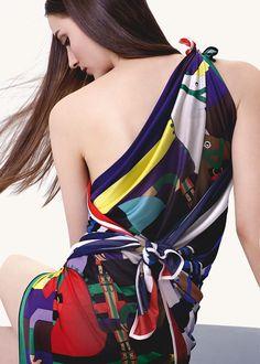 "Fall-Winter 2012 Hermès silk collection  ""Rocabar"" jersey silk scarf.  Photo : Nathaniel Goldberg"