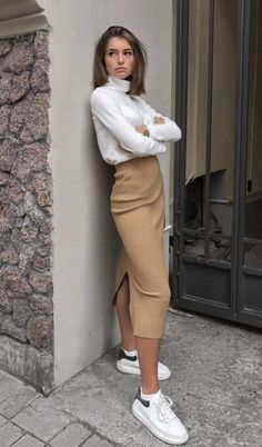 6 sophisticated tennis skirt looks - Fashion Trends for Girls and Teens Look Fashion, Fashion Beauty, Autumn Fashion, Womens Fashion, Fashion Trends, Casual Fashion Style, Casual Style Women, Fashion Clothes, Fall Fashion Skirts