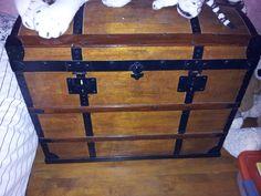coffre bois et malle bois et cuir coffre en bois massif colonial 915 coffre malle. Black Bedroom Furniture Sets. Home Design Ideas