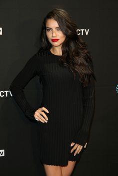 Adriana_Lima_DirecTV_Super_Saturday_Night_gJF9k09Gs_mx.jpg