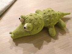 Gehäkeltes Stofftier Krokodil.