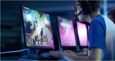 Team of Professional eSport Gamers Playing in Competitive MMORPG/ Strategy Video Game on a Cyber Games Tournament. They Talk to Each other into Microphones. Arena Looks Cool with Neon Lights. Test Games, Games To Play, Popular Videos, Great Videos, What Is Motion, Game Tester Jobs, Unique Jobs, Online Video Games, Tips Online
