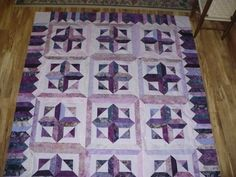 I have not named this quilt yet, but it is a class of Winnie's/