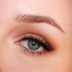 New eye-makeup tips! - New eye-makeup tips! - caveinmicium New eye-makeup tips! eye-makeup tips! eye-makeup tips! Makeup Primer, Eye Makeup Tips, Mac Makeup, Skin Makeup, Makeup Cosmetics, Makeup Palette, Light Eye Makeup, Eyelashes Makeup, Makeup Products