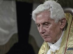 Arsip Media Online: Pope Benedict Will Be Remembered For A Huge Corruption Scandal