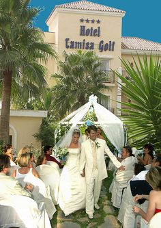 This Mijas hotel is very popular for weddings in Spain. The hotel has already been the chosen venue for literally hundreds of stunning weddings with its peaceful surroundings, and amazing views.