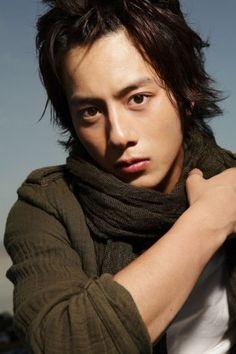 Mizobata Junpei - He play the role of Shinichi Kudou