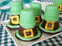St. Patrick's Day Crafts for Preschool | YES … THEY REALLY ARE CUPCAKES!!! They are incognito … hidden ...#bringJOYhome #recipes #St.PatricksDay